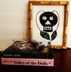 Gwinky Skull III by libertypost on Etsy