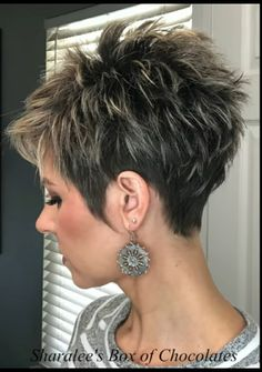 Short Sassy Haircuts, Short Choppy Hair, Funky Short Hair, Short Hair Older Women, Short Haircut Styles, Short Thin Hair, Short Hairstyles For Thick Hair, Haircut For Thick Hair, Short Hair With Layers