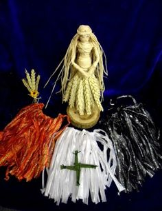 A Corn Dolly Goddess for all Sabbats.Three Goddesses is one. Handmade by Rowan Duxbury - positivelypagan - Find me on Etsy ! Wiccan, Witchcraft, Pagan, Brighid Goddess, Corn Dolly, Celtic Pride, The Ancient One, Mother Goddess, Sabbats