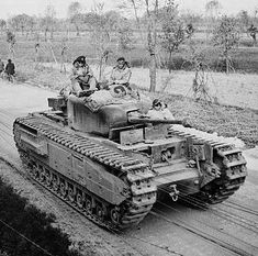 Appeared to be a Churchill Mk III that was unique to the Italian Front. This Churchill from the British Armoured Brigade was photographed during the advance along the Faenza-Russi road, 8 April 1945 Churchill, Tank Warfare, Tank Destroyer, Armored Fighting Vehicle, Ww2 Tanks, World Of Tanks, Battle Tank, Military Weapons, Armored Vehicles