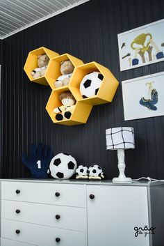 Soccer Bedroom, Room Themes, Boys Football Bedroom, Kids Soccer, Big Crowd, Baby Room Boys, Toddler Themes, Marvel Room, Meet