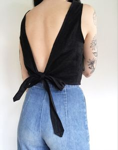 Wrap Tank in Linen — Frond SMALL Length: about inches Bust (armpit to armpit): about inches Armpit holes: about inches Look Fashion, Diy Fashion, Ideias Fashion, Fashion Outfits, Womens Fashion, Lolita Fashion, Fashion Boots, Sewing Clothes, Diy Clothes