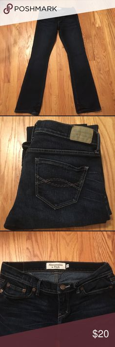 "Abercrombie bootcut jeans 0R Abercrombie darkwash jeans. Perfect condition. Size 0 regular. Low rise bootcut stretch. 31"" inseam. 78% cotton 22%polyester Abercrombie & Fitch Jeans Boot Cut"