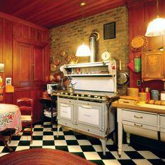 Ideas Farmhouse Kitchen Old Stove Metal Kitchen Cabinets, Kitchen Stove, Kitchen Flooring, Kitchen Mats, Kitchen Faucets, Kitchen Cupboard, Kitchen Appliances, Tudor Kitchen, Kitchen And Bath