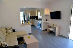 Santos Luxury Apartment no 34 in Corfu can sleep four or five people. Located just 50 meters from the Dassia Beach is the ideal place for families. Corfu Apartments, Luxury Apartments, Apartment Living, Living Room, Holiday Apartments, Luxury Holidays, Holiday Time, New Builds, Vacation