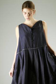 Daniela Gregis | calf-length wide dress in very light linen canvas |