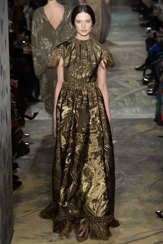 Valentino Spring 2014 Couture Fashion Show - Kate Goodling