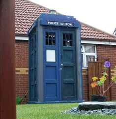 The TARDIS Shed. SO UNBELIEVABLY AWESOME!!! i wanted to do exactly this but my husband wont let me :(
