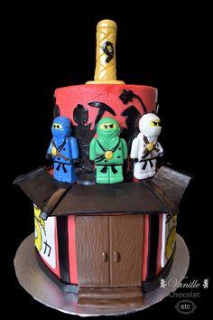 Ninjago cake with Jay, Lloyd and Zane. Gâteau Ninjago avec Jay, Lloyd et Zane. Ninjago Cakes, Cupcake Cakes, Cupcakes, Cake Pops, Jay, Desserts, Food, Tailgate Desserts, Deserts