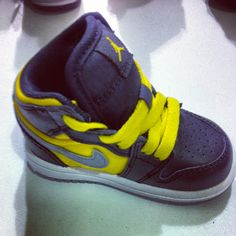 Kids baby jordan shoes so tiny and cute