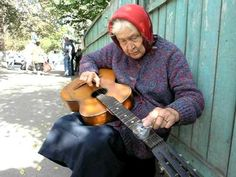 Blues from old woman (Belarus) - YouTube