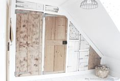Wardrobe diy tutorial using Ikea and reclaimed doors, tutorial by Hesters Handmade Home Ikea Storage Units, Crate Storage, Kitchen Storage, Hidden Storage, Diy Hanging Shelves, Floating Shelves Diy, Rustic Shelves, Industrial Shelving, Diy Wardrobe