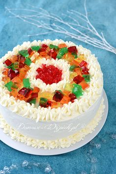 Tort jogurtowo- śmietankowy z galaretkami Food N, Food And Drink, Cake Decorating For Beginners, My Dessert, Take The Cake, Pretty Cakes, Confectionery, Yummy Cakes, Food Hacks