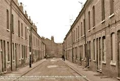Hartford Street just before demolition, Meadows, 1973 Nottingham City, Industrial Architecture, Slums, History Photos, Thesis, Family History, Birmingham, Old Photos, Robin