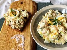 Jsou dny, kdy se hodí mít pár receptů, které zvládnete uvařit z domácích zásob a pokud možno do půl hodiny. Potato Salad, Potatoes, Ethnic Recipes, Food, Potato, Essen, Meals, Yemek, Eten