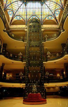 Imagen del #GranHotel de la ciudad de #Mexico. Elegancia y distinción en una de las ciudades más encantadoras del mundo.