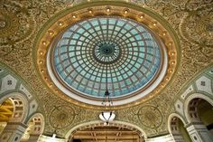 Book tours and activities in Chicago from local operator Chicago Architecture Foundation on Chicago Galleria Vittorio Emanuele Ii, Tiffany Art, Tiffany Glass, Chicago Architecture Foundation, Chicago Cultural Center, Chicago Tours, Chicago Chicago, Glass Ceiling, Art Institute Of Chicago