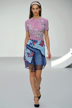 See all the Collection photos from Michael Van Der Ham Spring/Summer 2013 Ready-To-Wear now on British Vogue Daily Fashion, Fashion News, Fashion Show, Fashion Design, Fashion Trends, Online Fashion Magazines, Casual Street Style, Ham, Ready To Wear