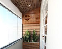 Ar condicionado disfaçado na varanda.