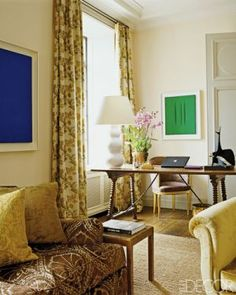 At home with Aerin Lauder in Manhattan and the Hamptinterior-design-styles-ED0709-LAUDER24-3.jpg