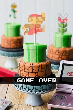 Mini Super Mario Bros. Cakes - Bakingdom