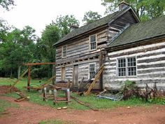 Historic Farm Cabin – Bethesda-Chevy Chase Chapter of the IWLA Log Cabin Living, Log Cabin Homes, Log Cabins, Log Cabin Exterior, Log Houses, Chevy Chase, Cabins And Cottages, Homesteads, Country Homes