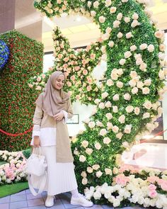 Ideas Dress Modest Casual Fashion Tips For 2019 Modest Dresses, Trendy Dresses, Casual Dresses, Casual Hijab Outfit, Hijab Chic, Street Hijab Fashion, Muslim Fashion, Muslimah Wedding Dress, Wedding Dresses