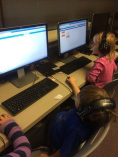 Kinders at Kirkwood Elementary Library, ICCSD getting started on the Hour of Code!