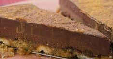 Τούρτα σοκολάτα του Παρλιάρου με τα μελομακάρονα που περίσσεψαν: εύκολη και λαχταριστή! Chocolate, Desserts, Christmas, Food, Coffee, Tailgate Desserts, Xmas, Kaffee, Schokolade
