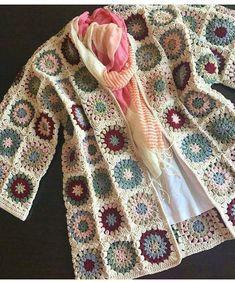 Crochet granny square clothes ganchillo Ideas for 2020 Gilet Crochet, Black Crochet Dress, Crochet Coat, Crochet Cardigan Pattern, Crochet Jacket, Crochet Shawl, Crochet Clothes, Crochet Patterns, Ravelry Crochet