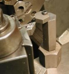 Lathe Tool Height Gauge by J. R. Williams -- Homemade lathe tool height gauge patterned after a commercial unit. Fabricated from hex steel stock. http://www.homemadetools.net/homemade-lathe-tool-height-gauge
