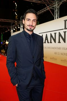 Mats Hummels attends the 'Die Mannschaft' Premiere at Sony Centre on November 10, 2014 in Berlin, Germany.