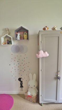 http://kidsmopolitan.com/vinilos-de-lluvia/ Vinilos infantiles, vinilos de lluvia. Rainy stickers for kids. #decoración #kidsdeco #deco #kids