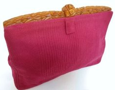 bakelite in Vintage Clothing and Accessories Vintage Purses, Vintage Bags, Vintage Handbags, Vintage Outfits, Vintage Websites, Vintage Accessories, So Little Time, Purses And Bags, Clutches