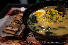Sumo ramen : Pour des soupes réconfortantes dans le quartier chinois de Montréal. Détails www.lavietoutsimplement.com  #restaurant #montréal #quartierchinois #ramen