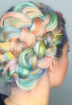 Check out the latest hair color trend on Instagram, inspired by macarons.