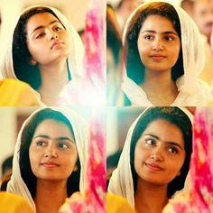 South Actress, South Indian Actress, Beautiful Indian Actress, Indian Long Hair Braid, Braids For Long Hair, Anupama Parameswaran, Stylish Girl Images, Beautiful Girl Image, Bollywood Actress