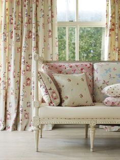 Create a spring time theme with fabrics from our Butterfly Gardens Collection www.prestigious.co.uk/collections/butterfly-gardens