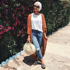 Stylish Pants Jeans for Hijab Look - Fashion Islamic Fashion, Muslim Fashion, Arab Fashion, Hijab Outfit, Look Fashion, Fashion Outfits, Fashion Tips, Dress Fashion, Sporty Fashion