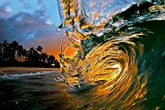 Wave at Sunset Beach, Hawaii Photo by Clark Little Sunset Beach Hawaii, Hawaiian Sunset, Hawaii Honeymoon, Hawaii Pics, No Wave, Water Waves, Ocean Waves, Ocean Art, Bilbao