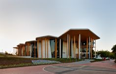 Abedian School of Architecture / CRAB Studio / Queensland, Austratia