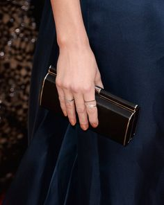 Pin for Later: These Gorgeous Award Show Manicures Hit a High Note Amber Heard Amber Heard opted for shimmering bronze nails on the Golden Globes red carpet.