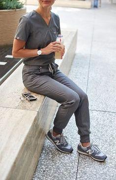 women's Black Zamora – Jogger Scrub Pants – XXS / Black Figs Scrubs: Jogger Scrub Pant in Graphite Medium Scrubs Outfit, Scrubs Uniform, Cute Scrubs, Cute Nursing Scrubs, Funny Nursing, Stylish Scrubs, Fashionable Scrubs, Doctor Scrubs, Physical Therapy