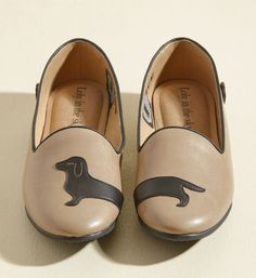 Precious doxie flats that can keep up with your busy schedule and outlast your endless energy. | 35 Doggone Adorable Gifts For Anyone Who Wishes They Had A Dog