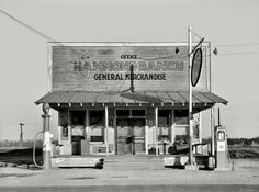 """January """"Hammond Ranch general store and gas. Old General Stores, Old Country Stores, Drive In, Shorpy Historical Photos, Historical Pictures, Colorized History, Colorized Photos, Old Gas Pumps, Old Gas Stations"""