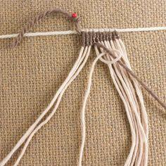 Macrame Patterns, Loom Patterns, Friendship Bracelet Patterns, Friendship Bracelets, Textiles, Micro Macramé, Textile Fiber Art, Tear, Macrame Tutorial
