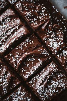 Gluten free chocolate chip pancakes - Call Me Cupcake Chocolate Mocha Cake, Chocolate Fudge Frosting, Chocolate Chip Pancakes, Chocolate Recipes, Chocolate Spread, Frosting Recipes, Cake Recipes, Dessert Recipes, Italian Cream Soda