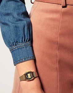 3339961f1526 Casio Black   Gold Mini Digital Watch LA670WEGA-1EF. Comprar RelojesModa OnlineRelojes  DoradosReloj ...