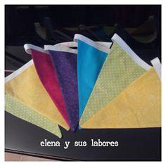 Guirnalda de banderines de tela doble con forma triangular de 15x20 cada uno y longitud total de 180cm. Elena y sus labores