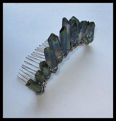 Emerald Green Aura Quartz Hair Comb crown. Украшение с гребнем для волос и кристаллами кварца